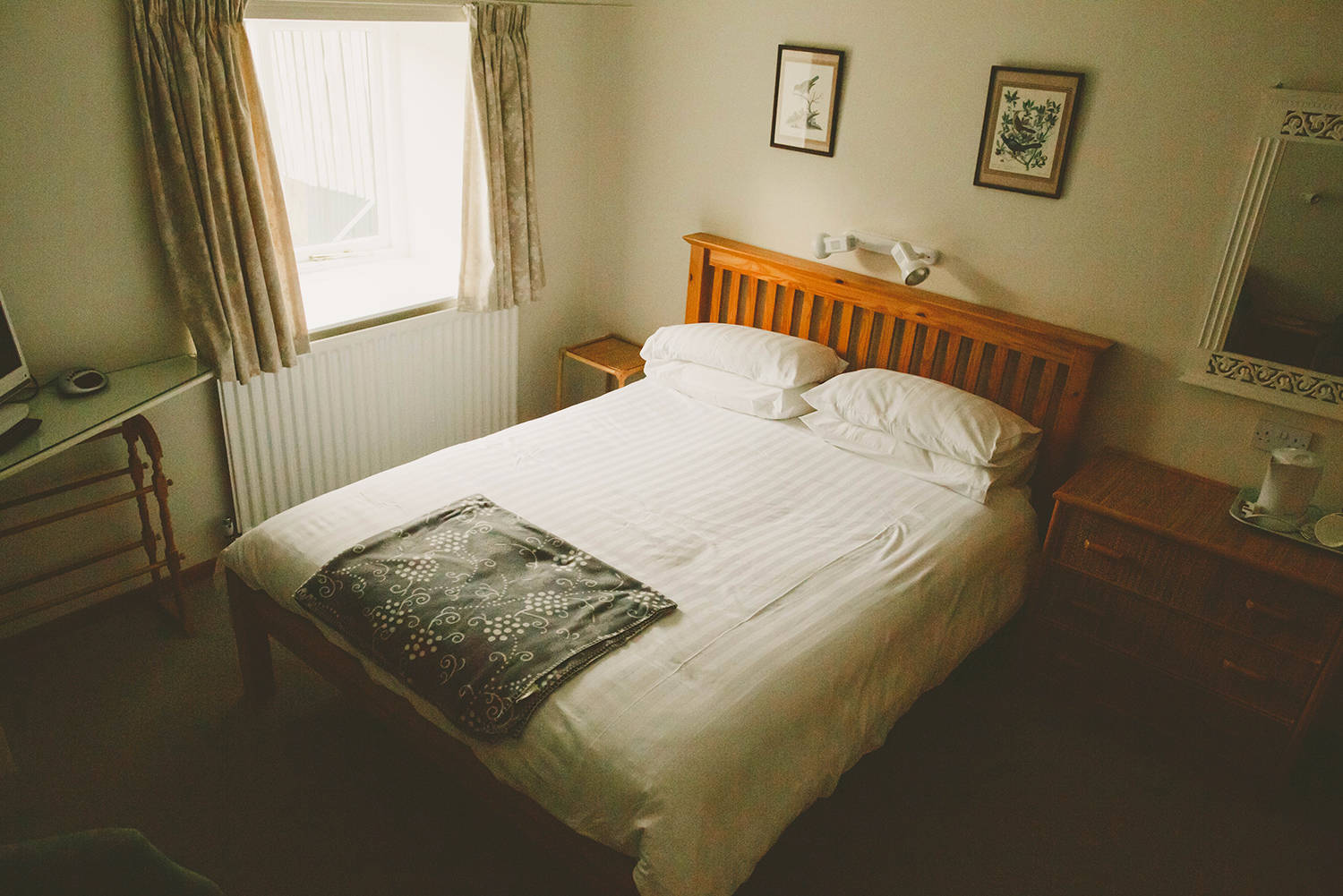 Ryehill Farm self catering cottage bedroom